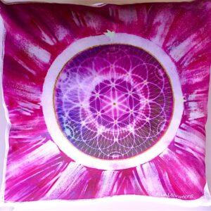 Coussin de géométrie sacrée Graine de Vie violet
