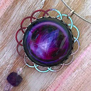 Médaillon Flamme violette
