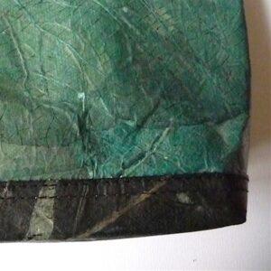 Grande pochette Verte double teinte en feuille de teck