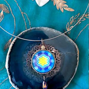 Médaillon énergétique vibratoire Fleur de vie lagon