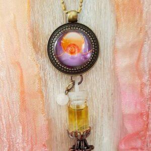 pendentif bijou énergétique abondance et son flacon de synergie vibratoire