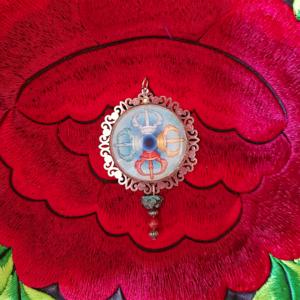 médaillon énergétique vajra dorje tibétain