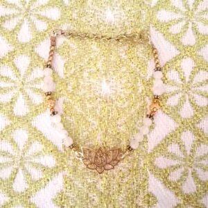 bracelet lotus Aum doré pierre de lune