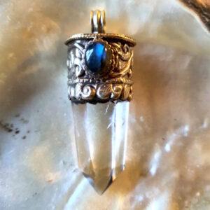 pointe cristal tibet labradorite
