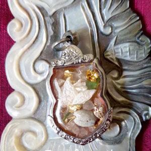 Amulette talisman transformation spiritualité