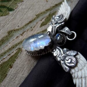 pendentif aile corne labradorite